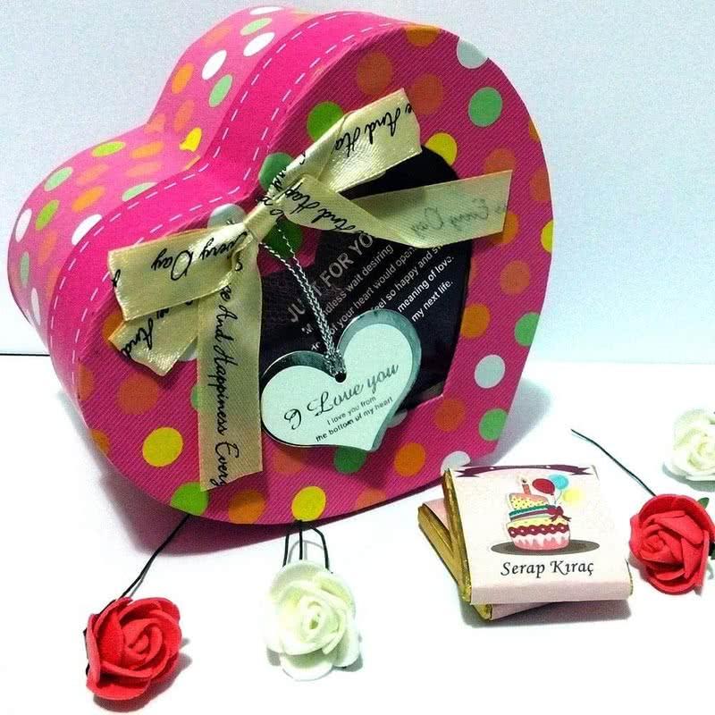 Doğum Günü Hediyesi Kişiye Özel Sargılı Çikolata