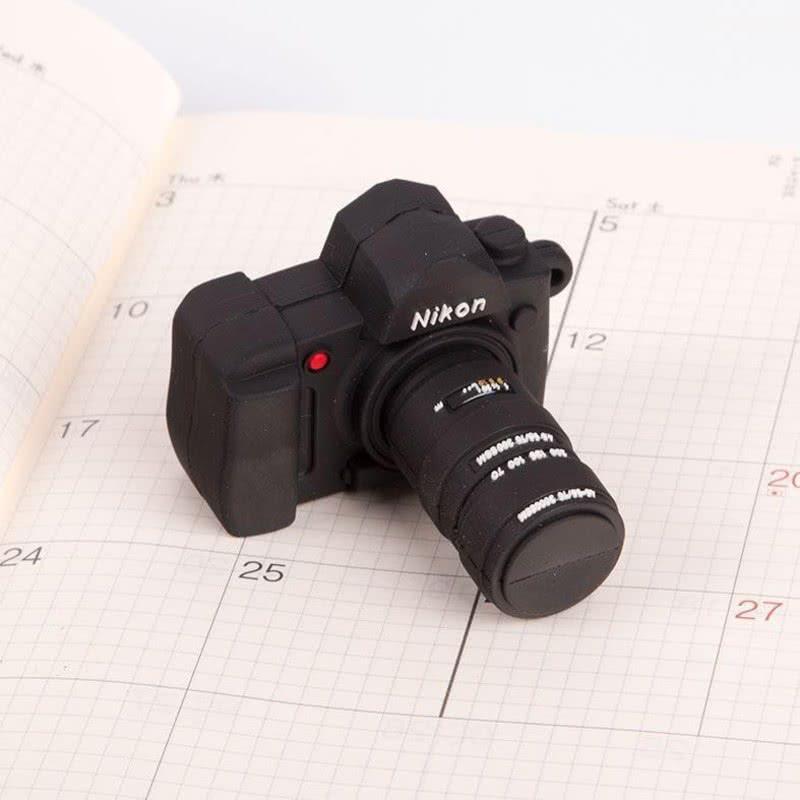 Nikon Fotoğraf Makinesi Görünümlü 8 Gb Usb Bellek