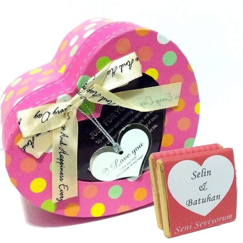 Sevgililere Özel İsimli Çikolata