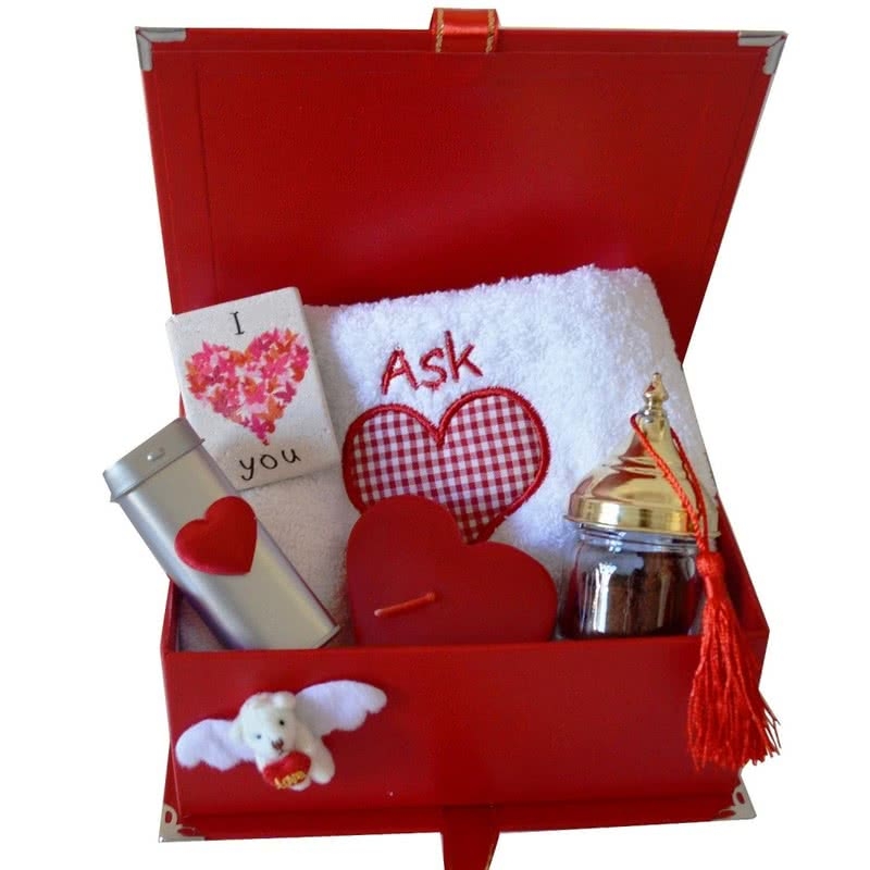 Sevgiliye Aşk Mesajlı Bi Dolu Hediye Kutusu