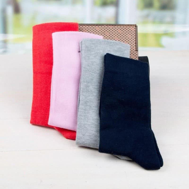 Sevgiliye Hediye İsim Yazılı 4lü Çorap Seti