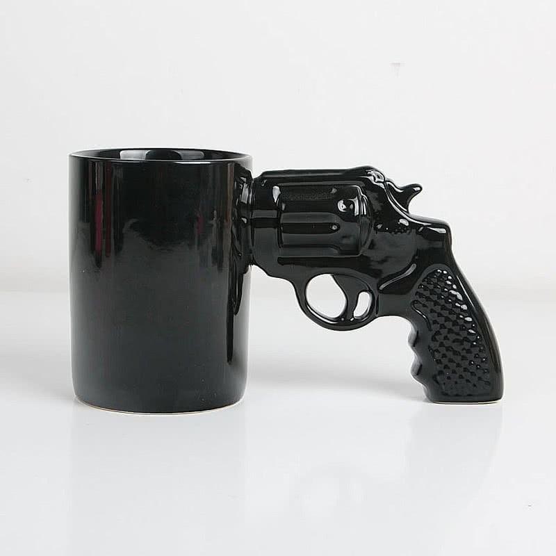 Silah Tasarımlı Seramik Kahve Kupası