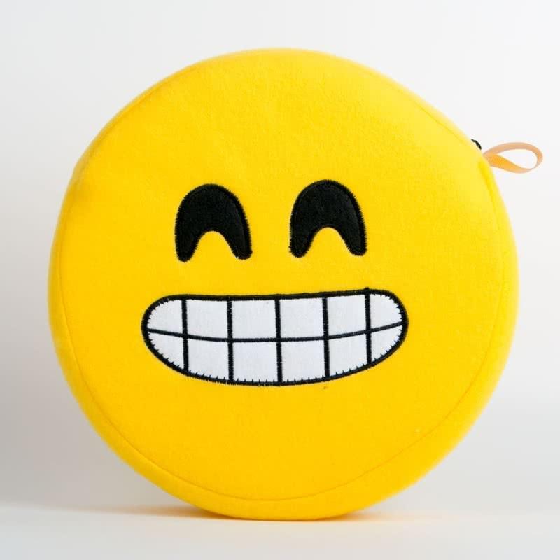 Sırıtan Sarı Emoji Seyahat Yastığı