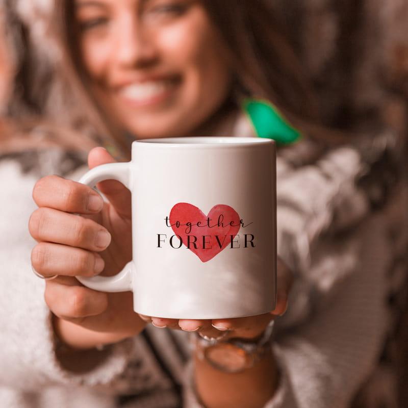 14 Şubat Hediyesi Kalp Tasarımlı İsme Özel Kupa Bardak