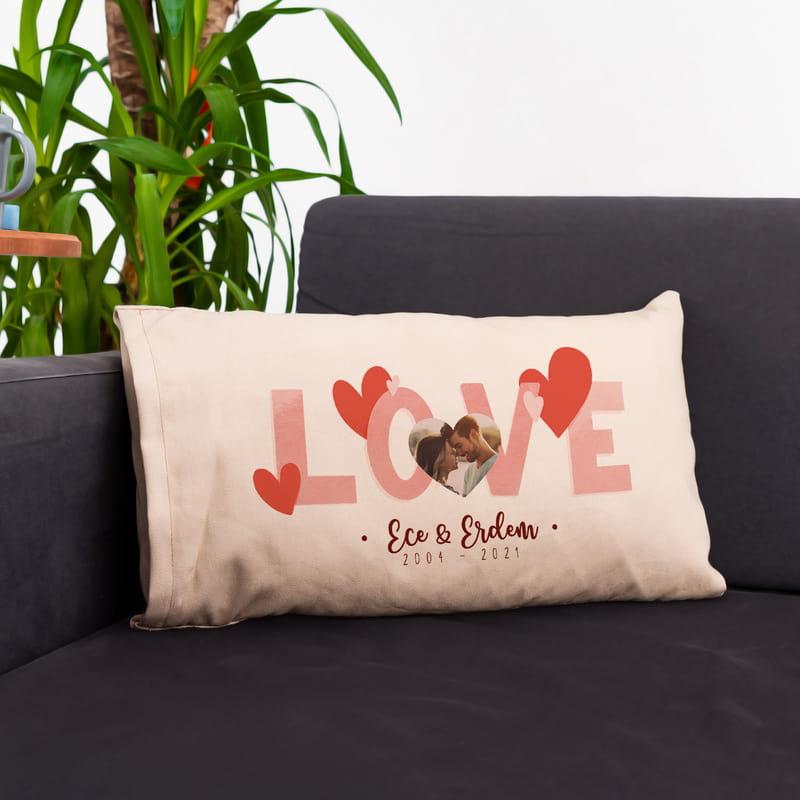 Sevgililer Günü Hediyesi Romantik Fotoğraflı İsim ve Tarih Yazılı Yastık