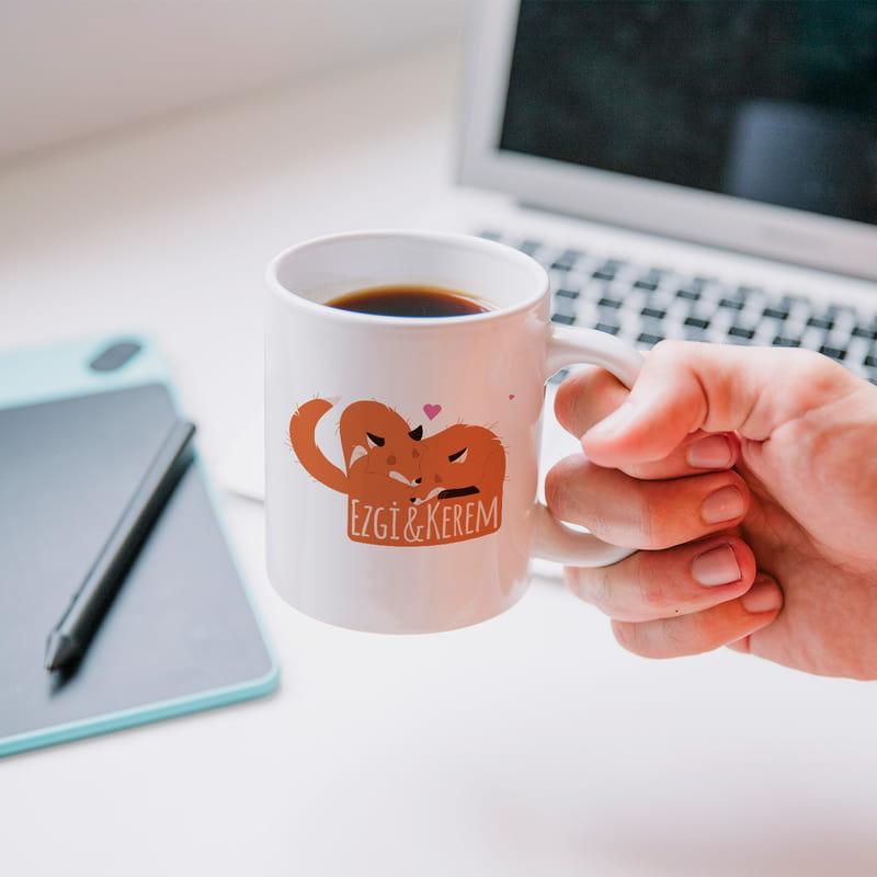Sevgililer Günü Hediyesi Sarılan Sevimli Tilkiler Kahve Kupası