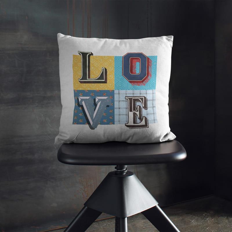 Vintage Love Tasarımlı Sevgiliye Hediye Yastık