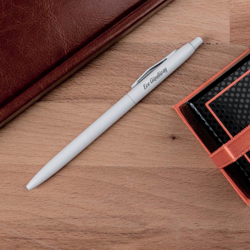 İsme Özel Metal Beyaz Renkli Tükenmez Kalem