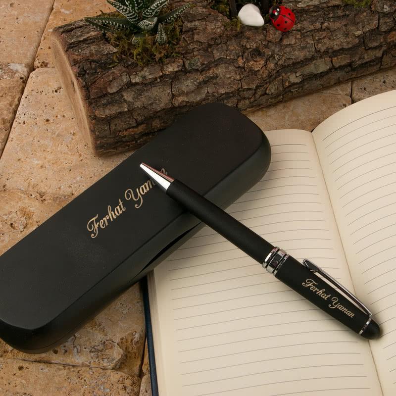 Şık Ahşap Kutulusunda İsim Yazılı Siyah Kalem Seti