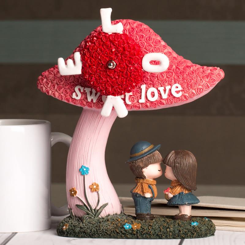Aşık Öpüşen Sevgililer Müzik Kutusu