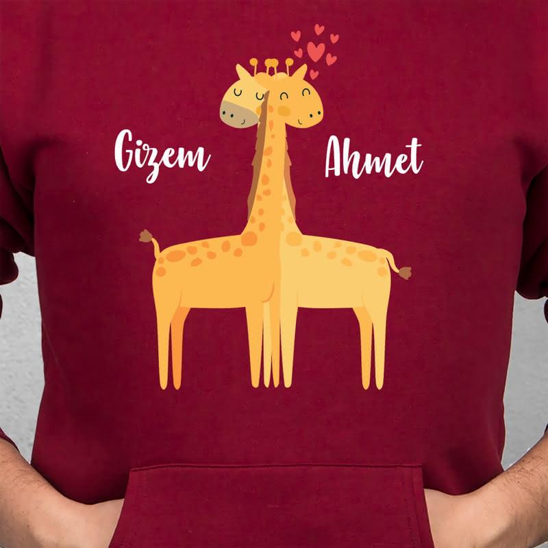 Aşık Zürafalar Kapşonlu Sweatshirt Kombini