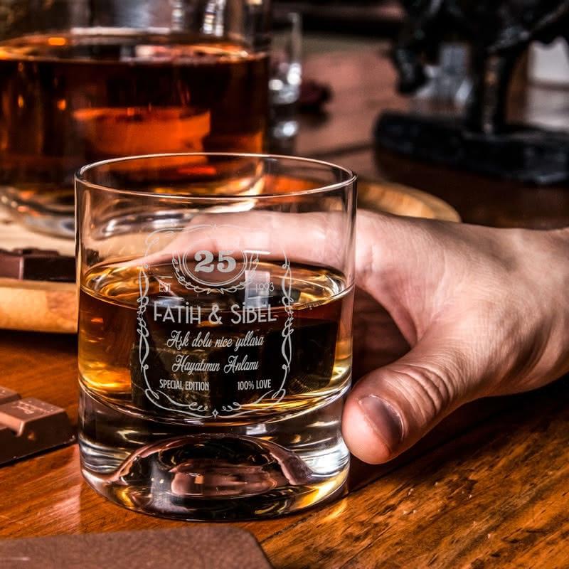 Çiftlere Özel Yıl Dönümü Hediyesi Viski Kadeh Seti