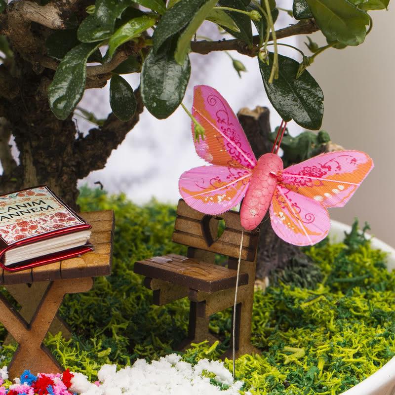 Güzel Annemin Huzur Dolu Mutluluk Bahçesi