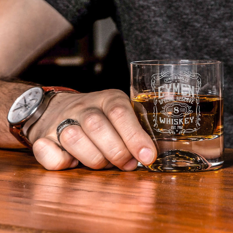 Retro Tasarımlı İsme Özel Viski Kadeh Seti