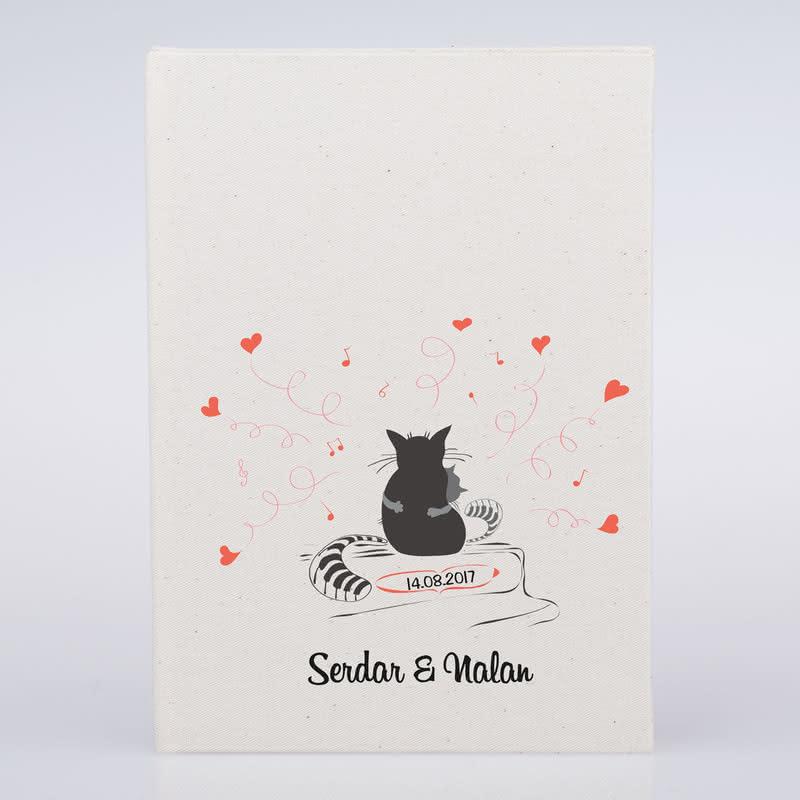 Sarılan Aşık Kediler Tasarımlı Baskılı Defter