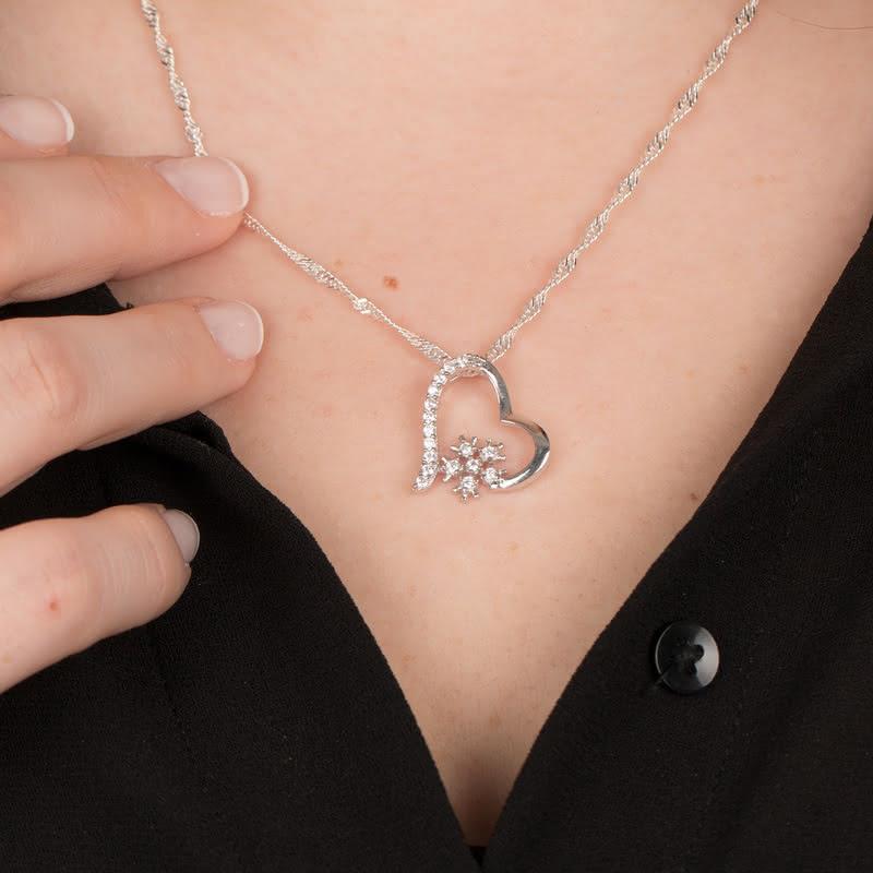 Sevgiliye Hediye Kartanesi Gümüş Kalp Kolye