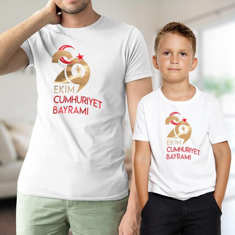 29 Ekim Cumhuriyet Bayramına Özel Baba Oğul İkili Tişört Kombini