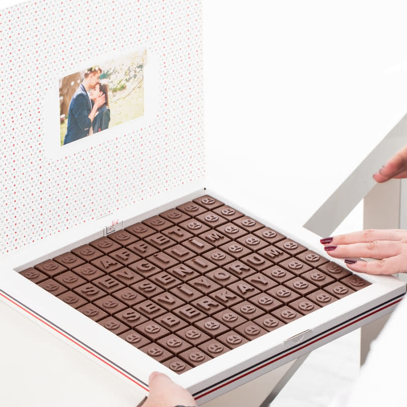 Affet Sevgilim İsim Yazılı Mesajlı Harf Çikolata