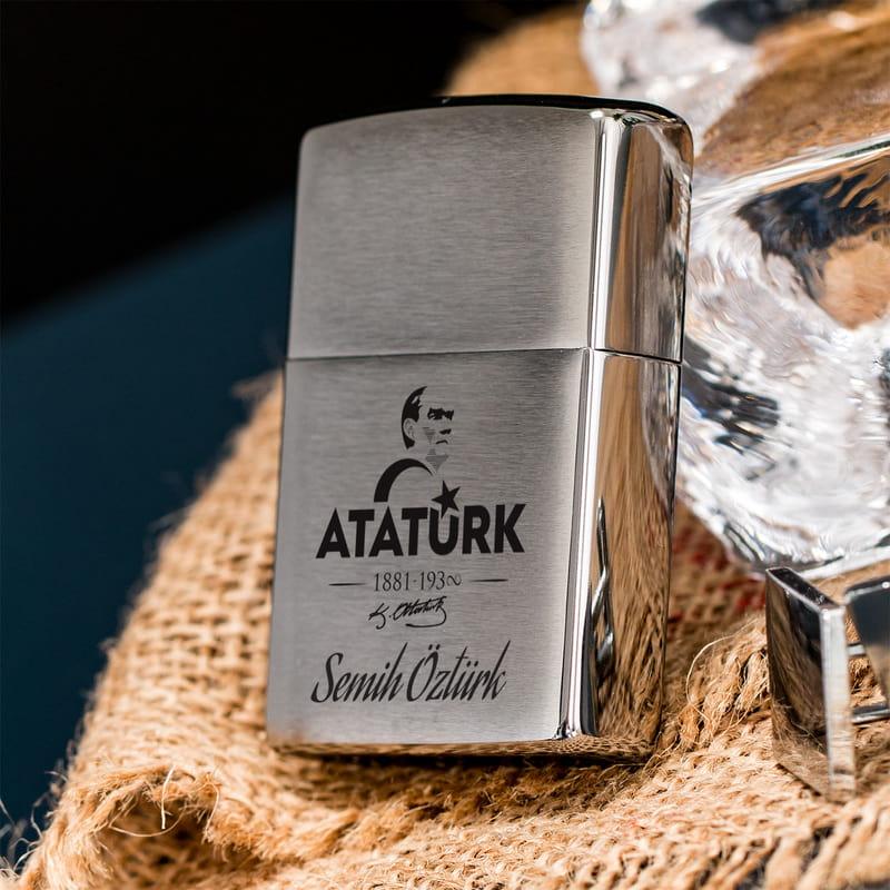 Atatürk Tasarımlı İsme Özel Zippo Çakmak