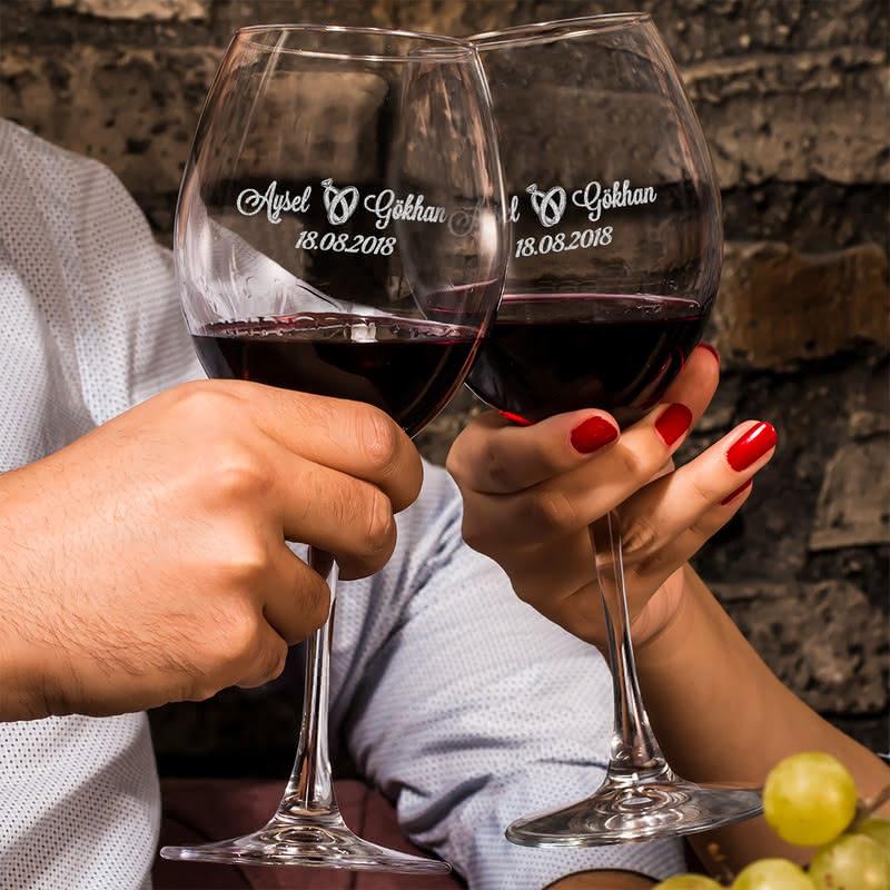 Sevgiliye Romantik Hediye Şarap Kadehi