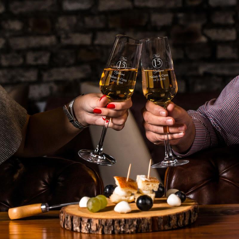 Evlilik Yıl Dönümü Hediyesi Şampanya Kadeh Seti