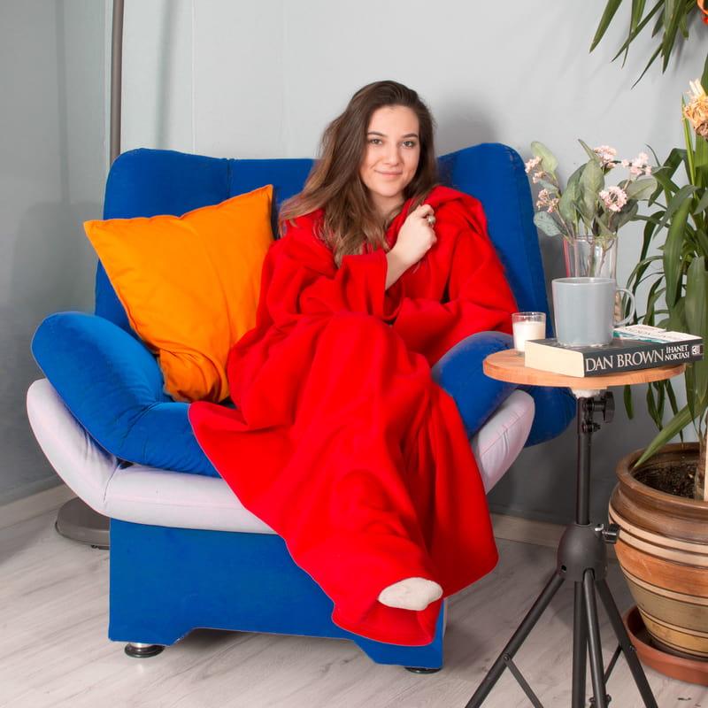 Giyilebilir Kollu Kırmızı Polar Battaniye