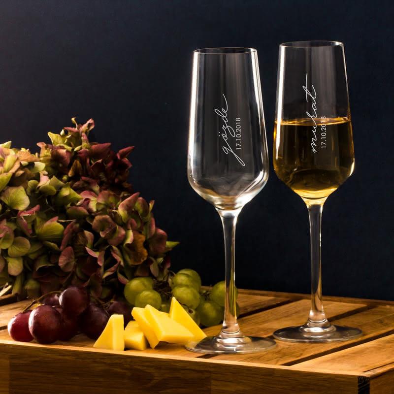 İsme Özel İmza Tasarımlı Şampanya Kadeh Seti