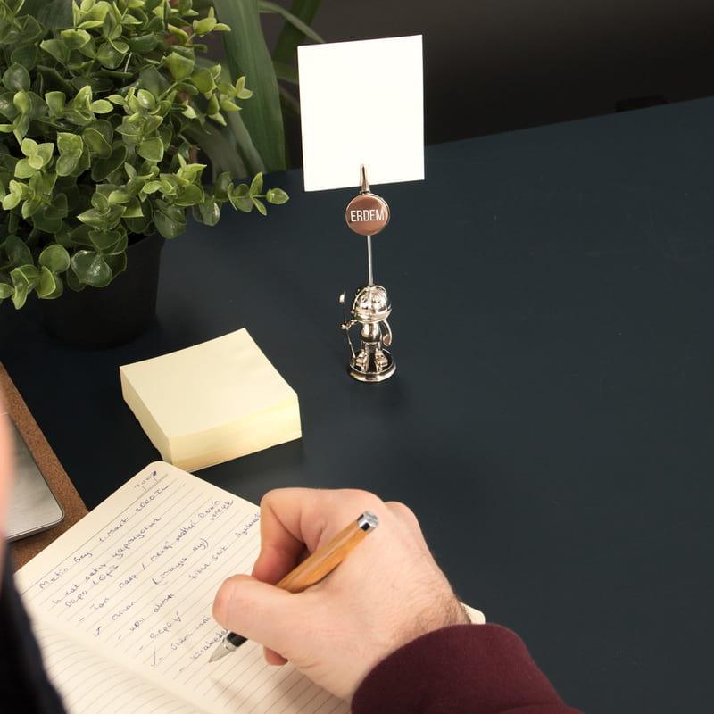 Mühendislere Özel Baretli Kağıt Tutacağı