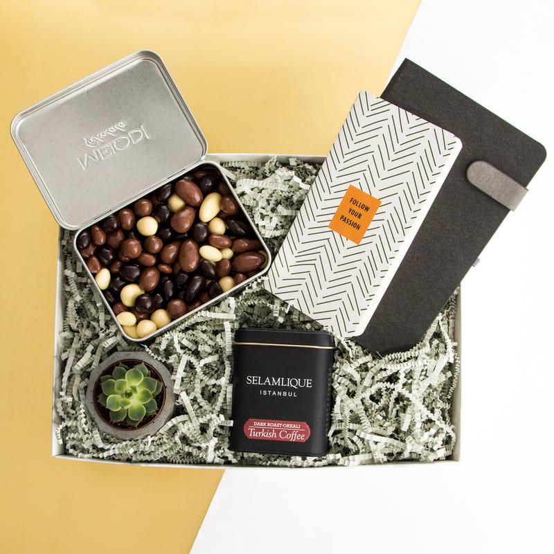 Yeni İşinde Başarılar Kahve Çikolata Keyfi Hediye Kutusu