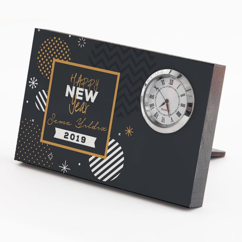 Yeni Yıl Hediyesi İsim Yazılı Saatli Çerçeve