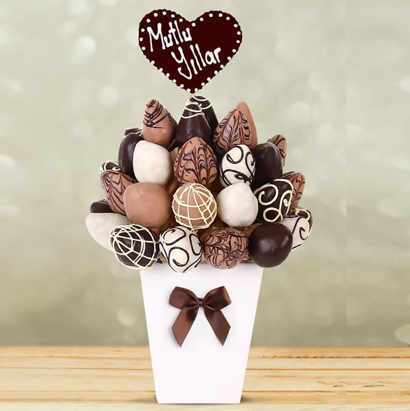 Doğum Günü Hediyesi Çikolatalı Çilek Sepeti