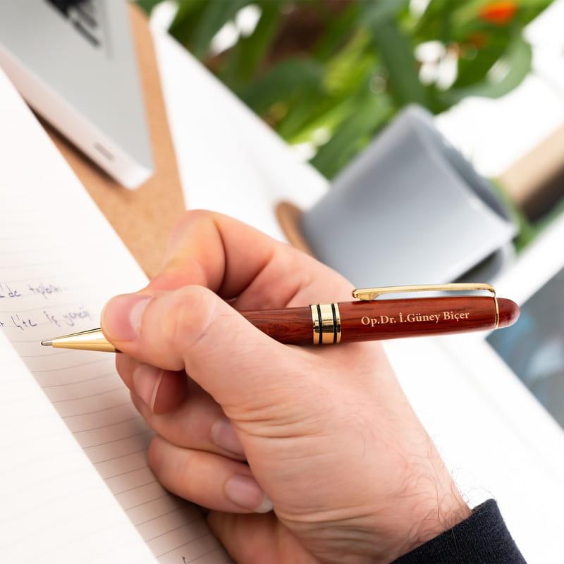 Doktora Teşekkür Hediyesi İsme Özel Kutulu Kalem