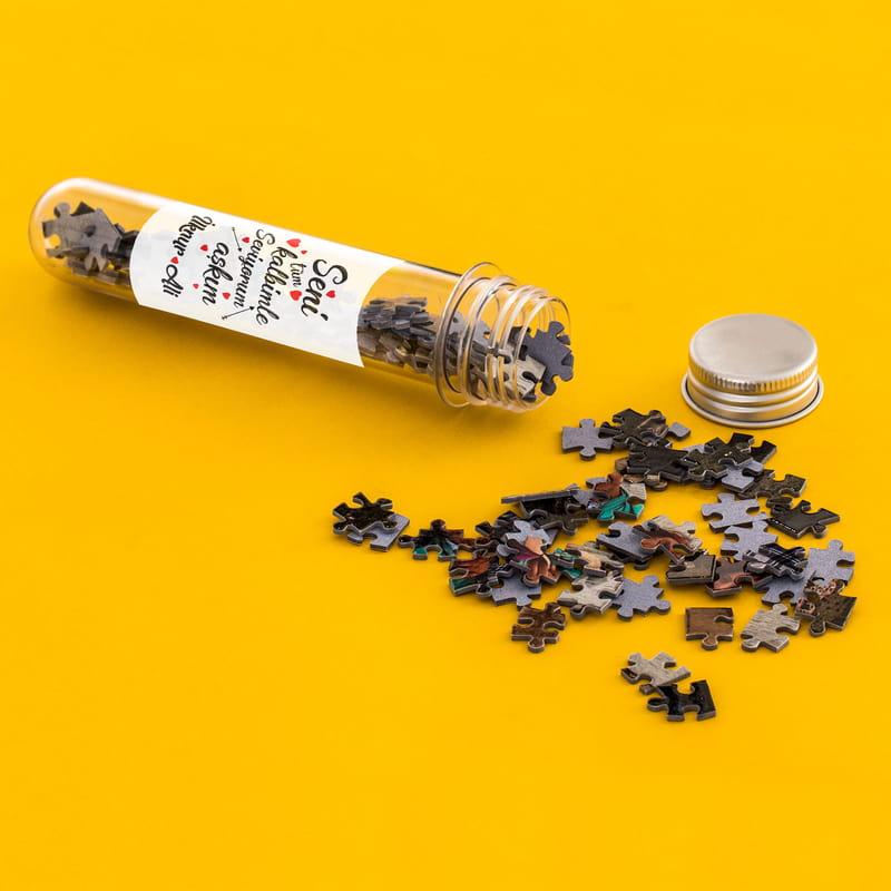 Sevgiliye Sürpriz Yapmak İsteyenlere Kapsül Şişeli Mini Puzzle