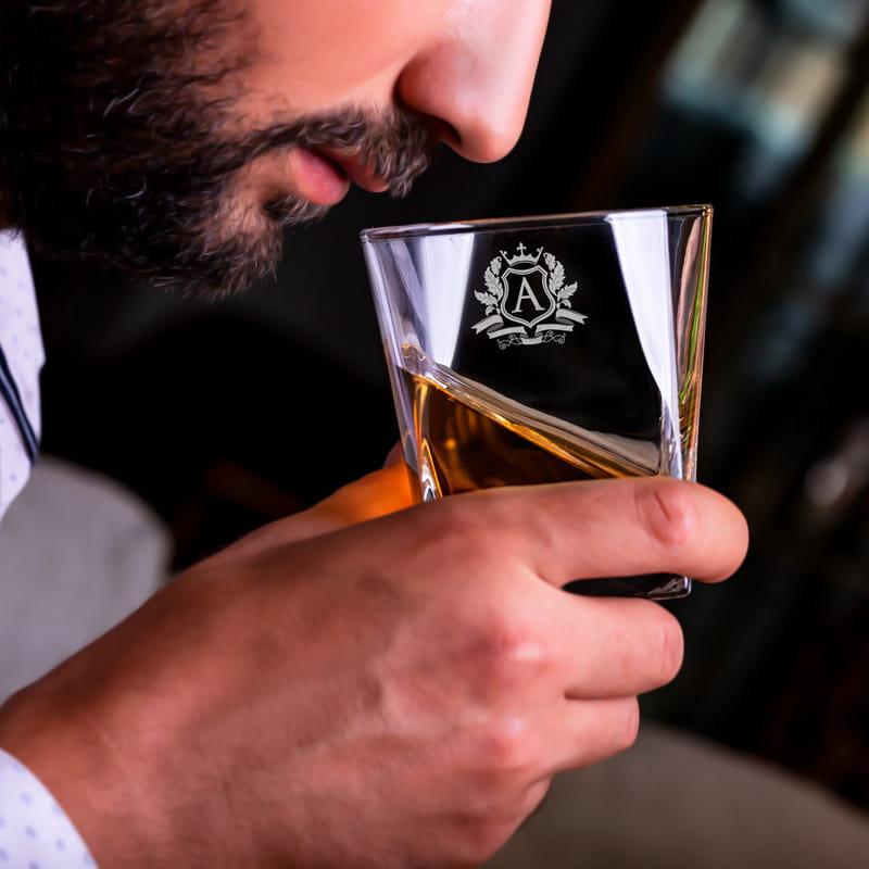 Aileye İsmine Özel Ahşap Kutulu Orkney Viski Seti
