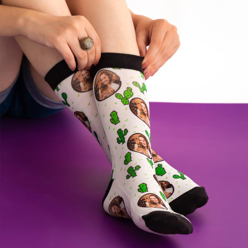 Arkadaşa Kaktüs Tasarımlı Fotoğraf Baskılı Esprili Çorap