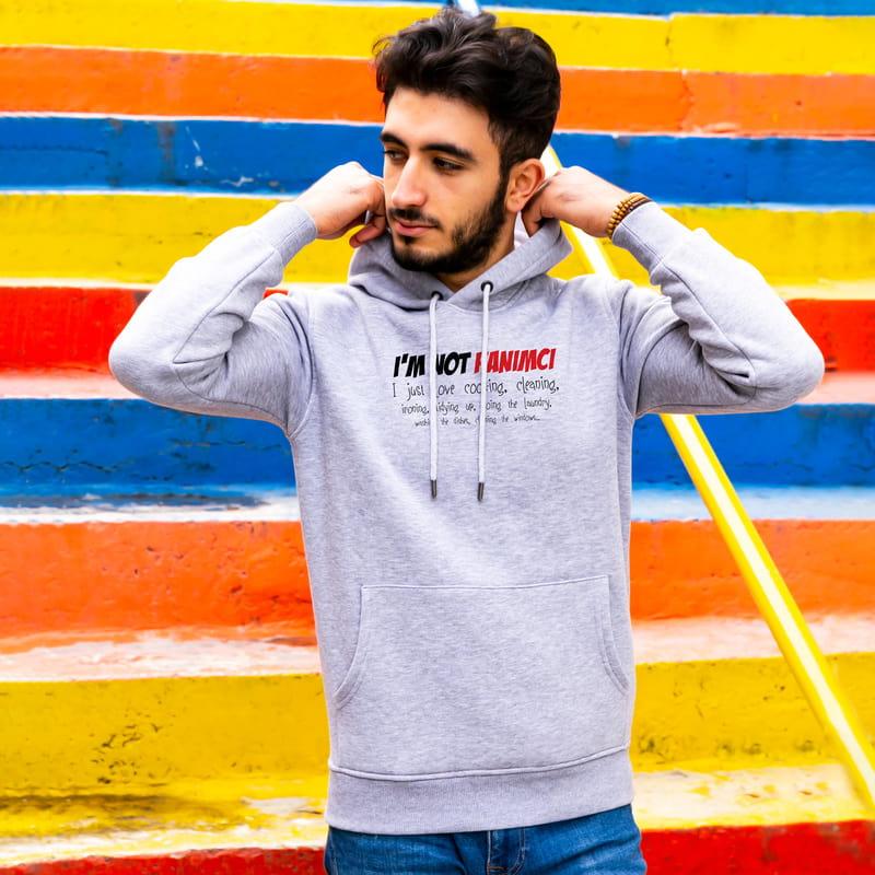 Ben Hanımcı Değilim Esprili Kapşonlu Sweatshirt