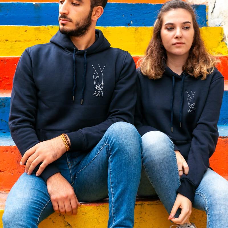 El Ele Tutuşan Aşıklar Kapşonlu Sweatshirt Sevgili Kombini