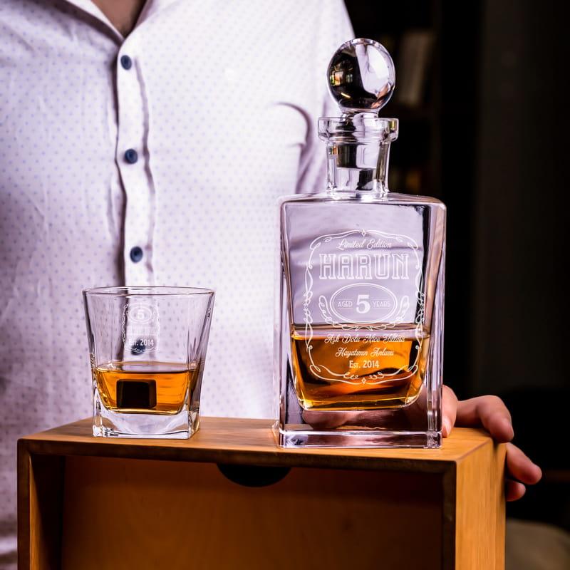 En Özel Yıl Dönümü Hediyesi Ahşap Kutulu Orkney Viski Seti