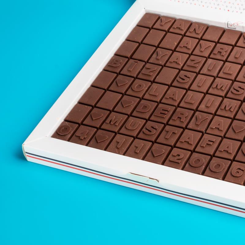 Eşe Yıl Dönümü Hediyesi Mesajlı Kişiye Özel Harf Çikolata