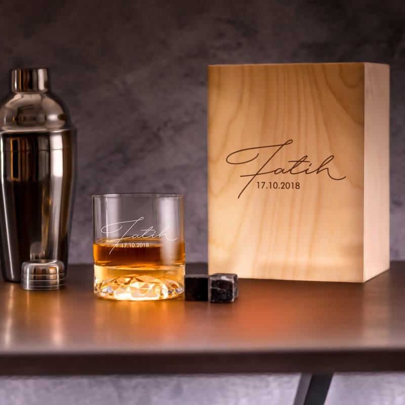 İmza Tasarımlı Ahşap Kutulu Chicago Viski Kadeh Seti