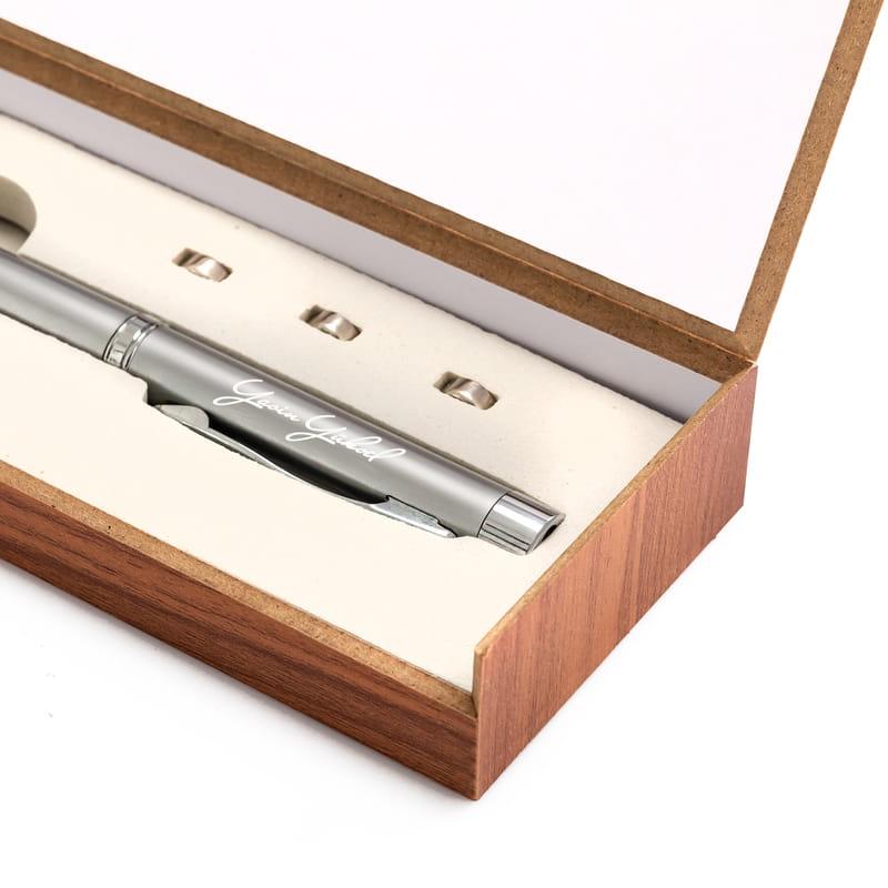 Kişiye Özel İmza Tasarımlı Lazerli - Işıklı Teleskobik Sunum Kalemi