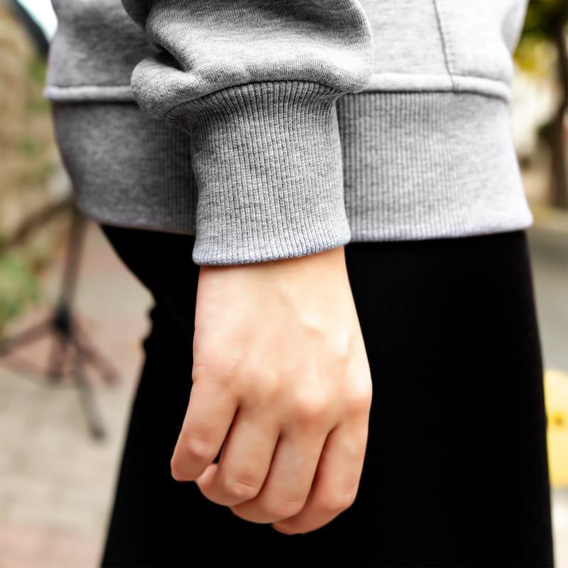 Rakam ve İsim Yazılı Forma Sırt Baskılı Kapşonlu Sweatshirt
