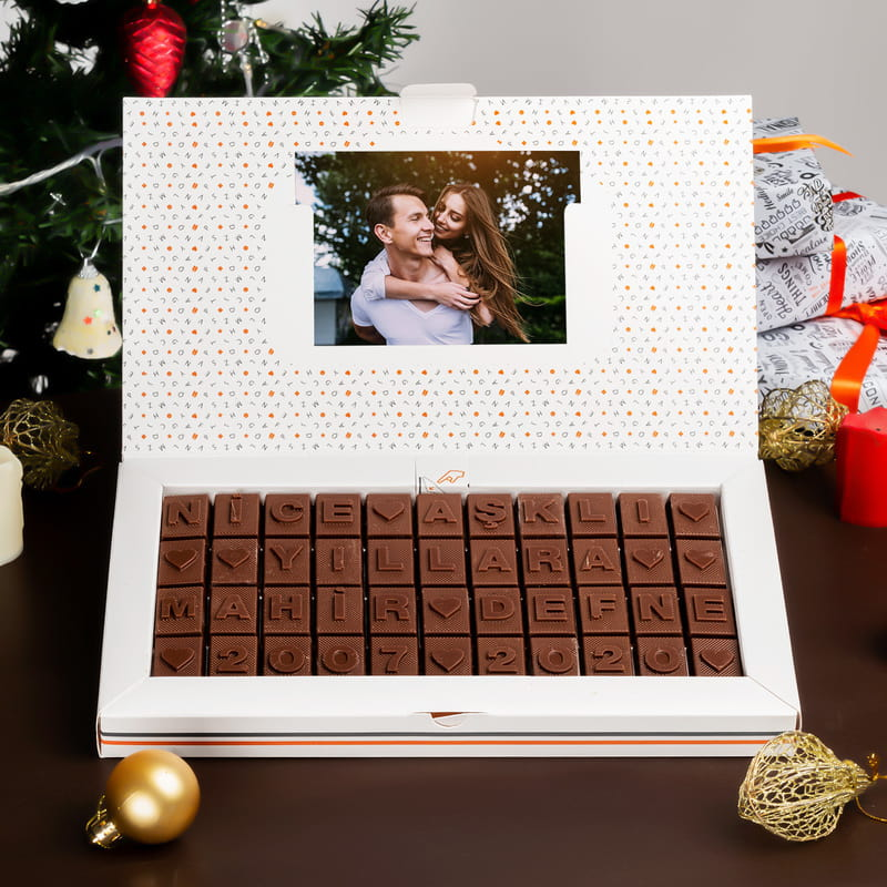 Sevgiliye Yılbaşı Mesajlı Kişiye Özel Harf Çikolata