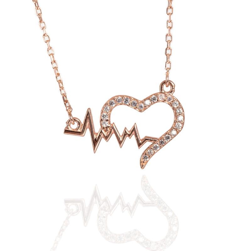 Taş İşlemeli Kalp Ritim Gümüş Kolye