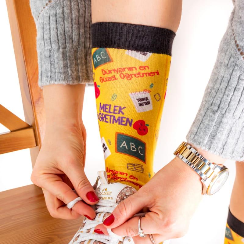 Türkçe Öğretmenine Hediye İsme Özel Çorap