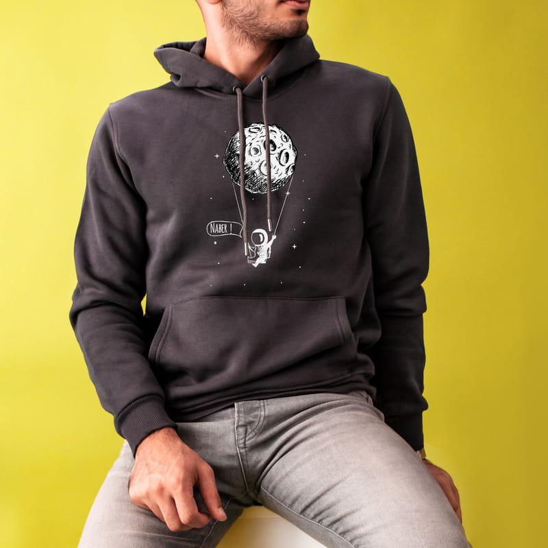 Uzay Tasarımlı Kişiye Özel Mesajlı Kapüşonlu Sweatshirt