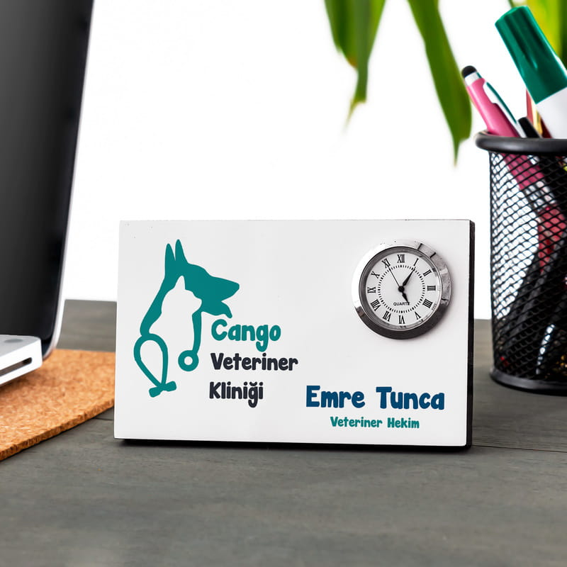 Veterinere Özel Saatli Masa İsimliği