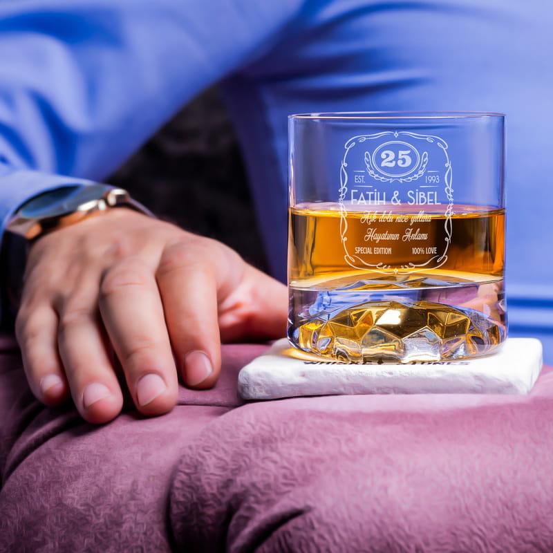 Yıldönümü Hediyesi Ahşap Kutulu 2 li Chicago Viski Kadeh Seti