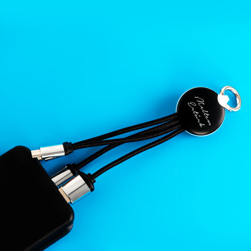 İsme Özel El Yazısı Tasarımlı Işıklı Şarj Kablosu
