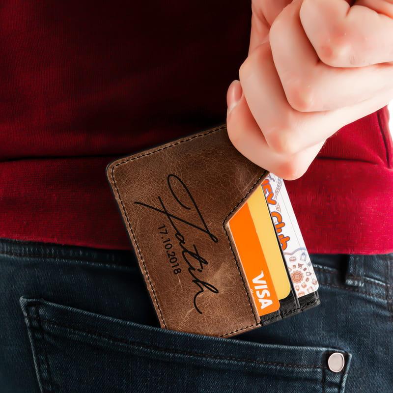 İsminize Özel Minimal İmza Tasarımlı Tarihli Kredi Kartlık
